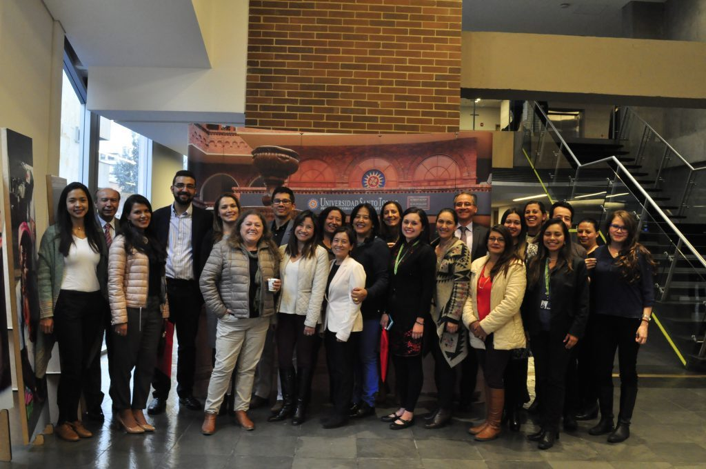 """La Cátedra UNESCO participa en el """"Taller acerca de MOOCs en Universidad Santo Tomás de Bogotá"""""""