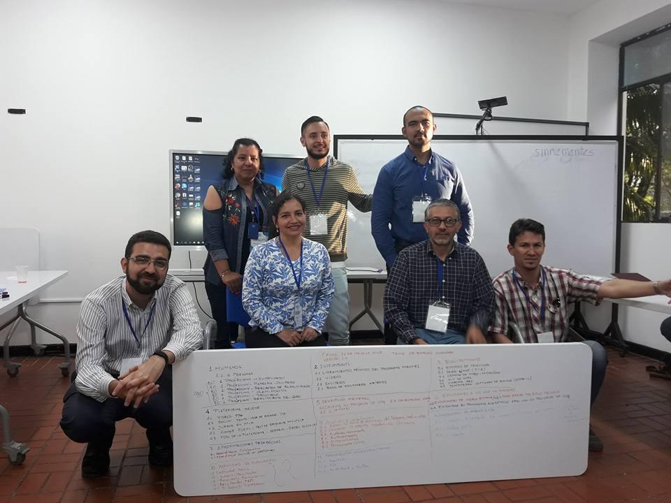 taller-de-formacin-docente-y-tcnico-en-moocs_28473835498_o
